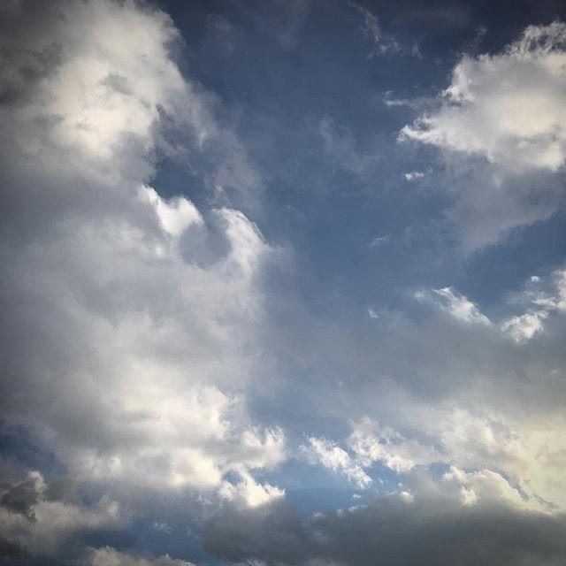 ️🏻️🏻️ #sky #clouds #hokkaido #北海道 #空 #雲 #ソラ