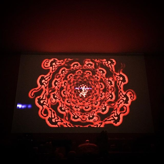 movie time🍿 Time warp again!!  #movie #cinema #film #hometheater #TwelveMonkeys #TerryGilliam #BruceWillis #MadeleineStowe #BradPitt
