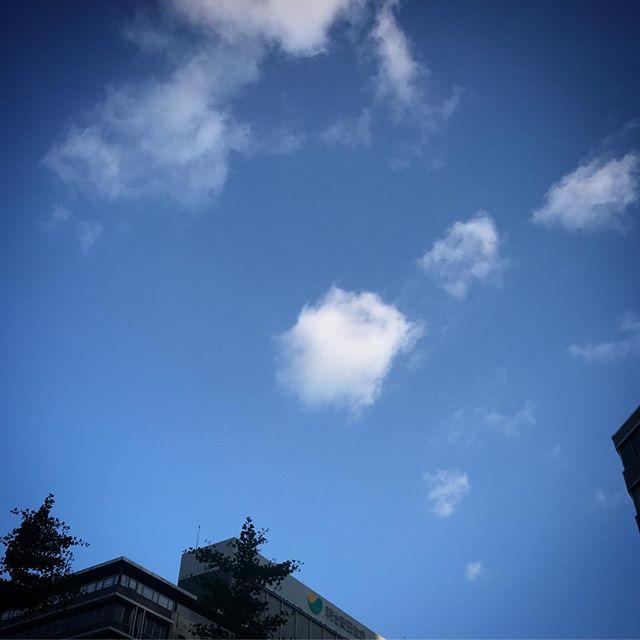 ️️️ #sky #clouds #shinjuku #tokyo #空 #雲 #ソラ #イマソラ