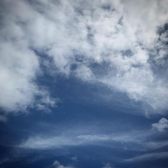今日は雨️寒くなって来ました。️️️青空が恋しいね。 #sky #clouds #空 #雲 #ソラ #いつかの空