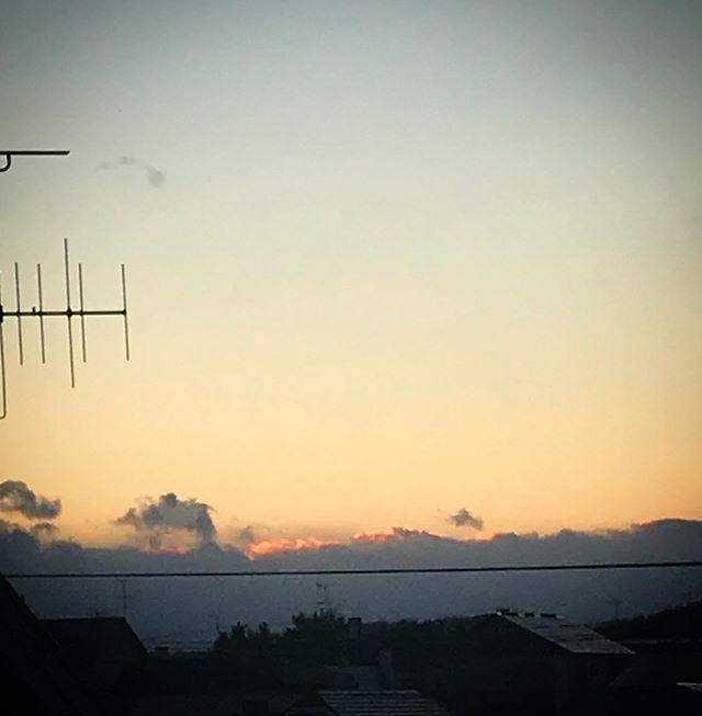 ️🌥️ #sky #sunset #clouds #hokkaido #北海道 #空 #雲 #ソラ #ゆうやけ