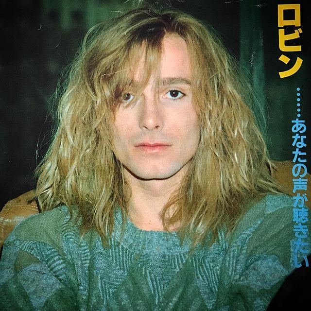 🥂Happy Birthday Robin!! My best vocalist of all time!! 🥰 #RobinZander #CheapTrick #1980s @officialcheaptrick