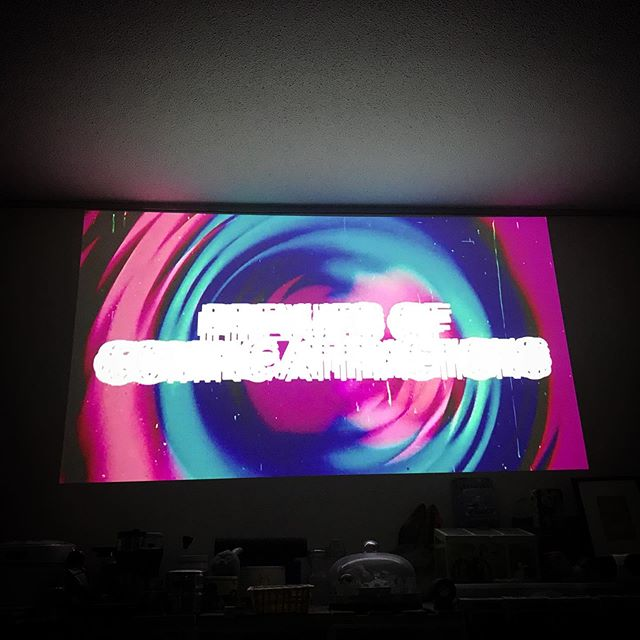 movie time🍿 Grindhouse Planet Terror 今日はもう何にも考えないぞ〜#RobertRodriguez #QuentinTarantino #Grindhouse #PlanetTerror  #movie #cinema #film #hometheater